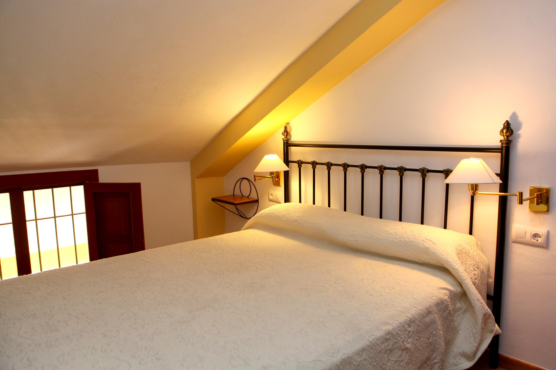 Habitación cama matrimoniio